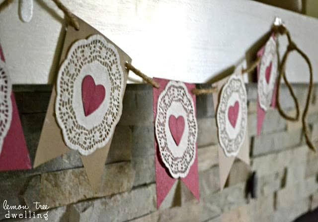Simple Garland for Valentine's Day