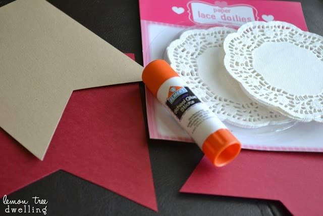 Supplies to make a simple garland of hearts