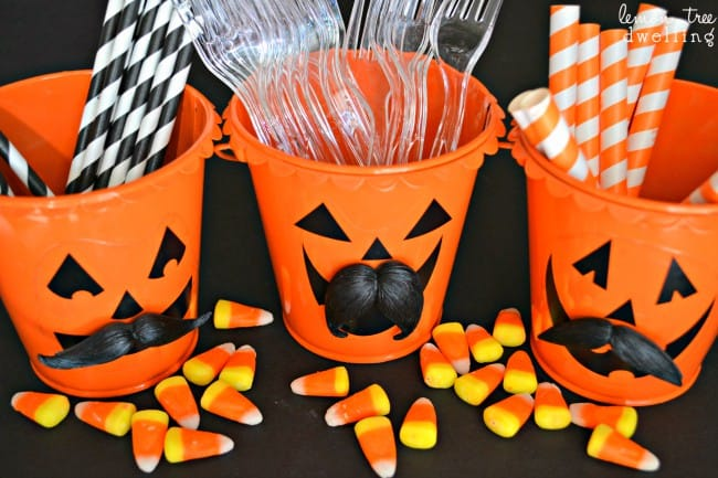 Funny Pumpkin Pails - a fun, simple, ADORABLE Halloween craft!