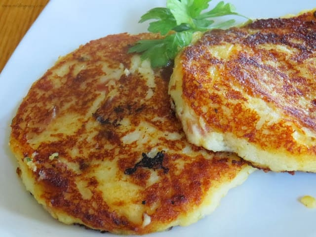 http://www.meldingmagic.com/2013/11/bacon-cheddar-potato-cakes.html