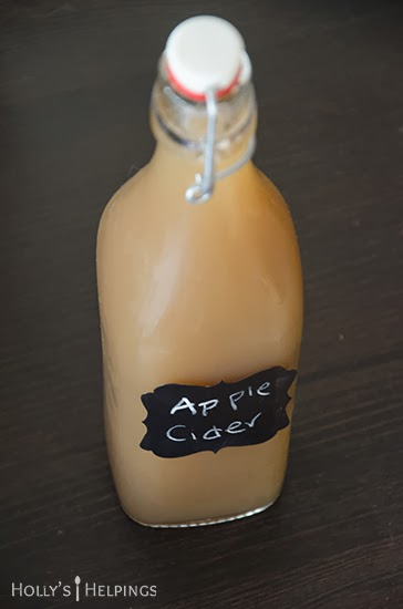 http://hollyshelpings.com/2013/11/07/homemade-apple-cider-recipe/