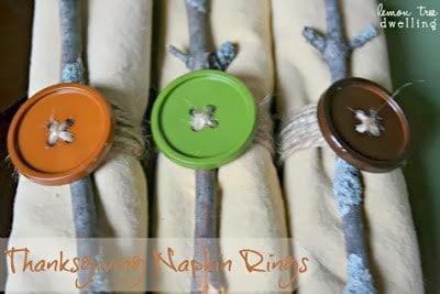 http://www.lemontreedwelling.com/2012/11/thanksgiving-napkin-rings.html