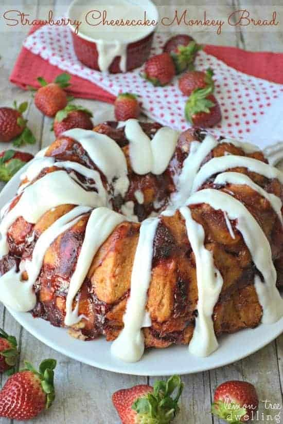 Strawberry Cheesecake Monkey Bread - strawberry cheesecake meets monkey bread in a delicious brunch recipe!