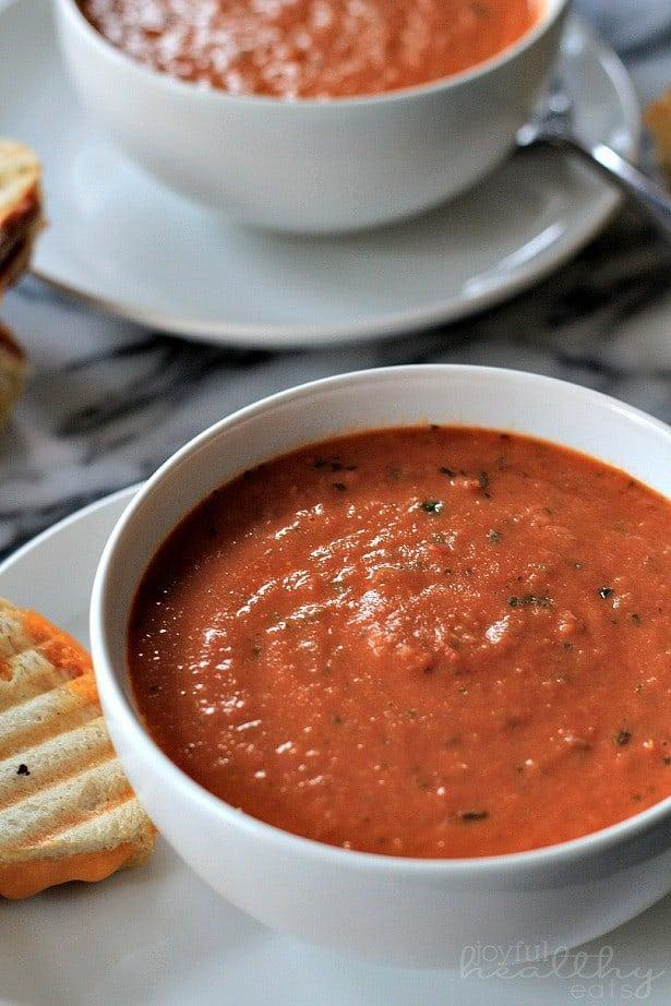 Creamy-Tomato-Basil-Soup-3