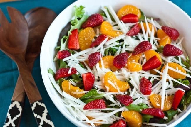 Jicama-Strawberry-Summer-Salad-6-650x433
