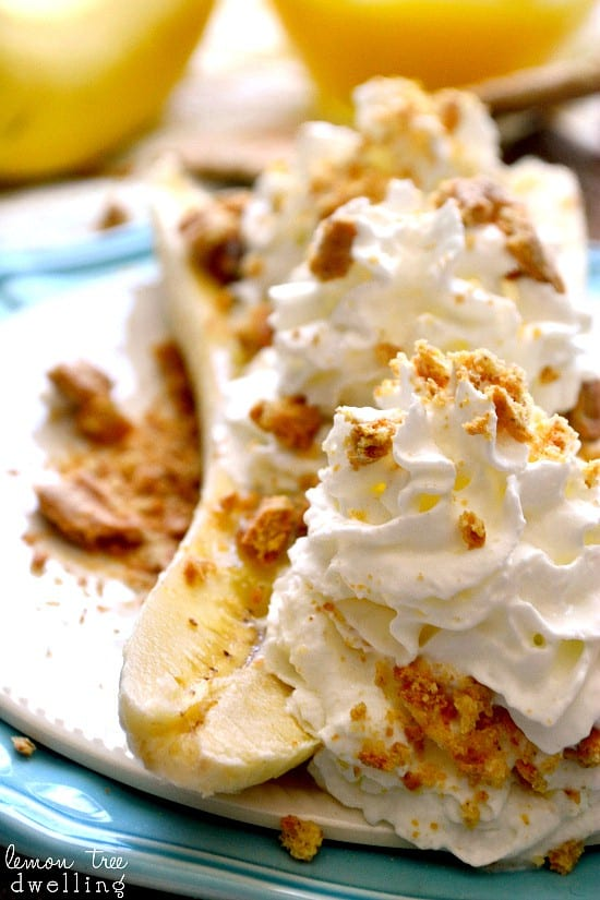 Skinny Banana Cream Pie Boats - just 4 {guilt-free} ingredients!