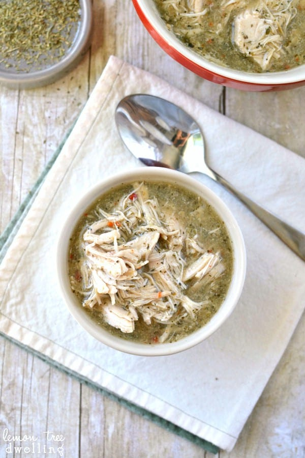 Crock Pot Italian Chicken. This looks so easy and SO delicious!