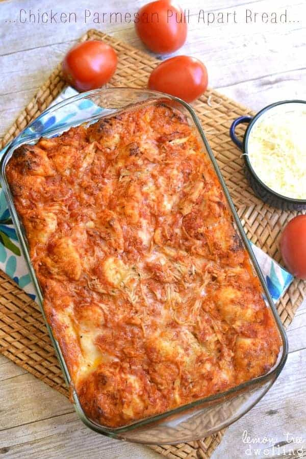 Chicken Parmesan Pull-Apart Bread - just 6 ingredients! Makes a great appetizer or easy meal.