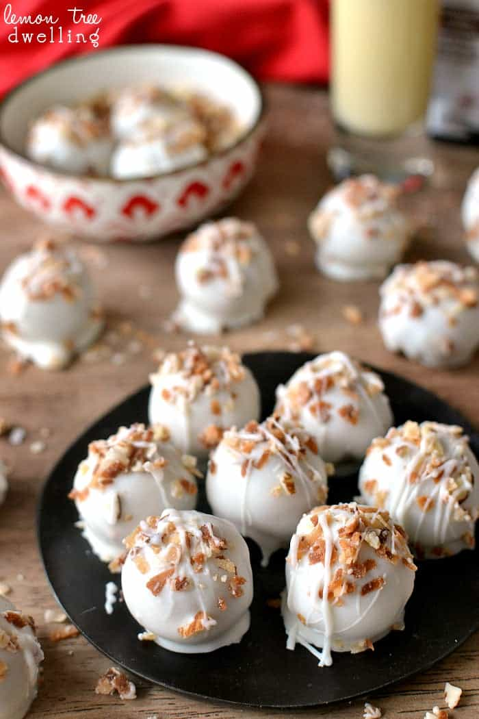 Eggnog Cookie Dough Truffles - all the flavors of eggnog in a delicious little bite!