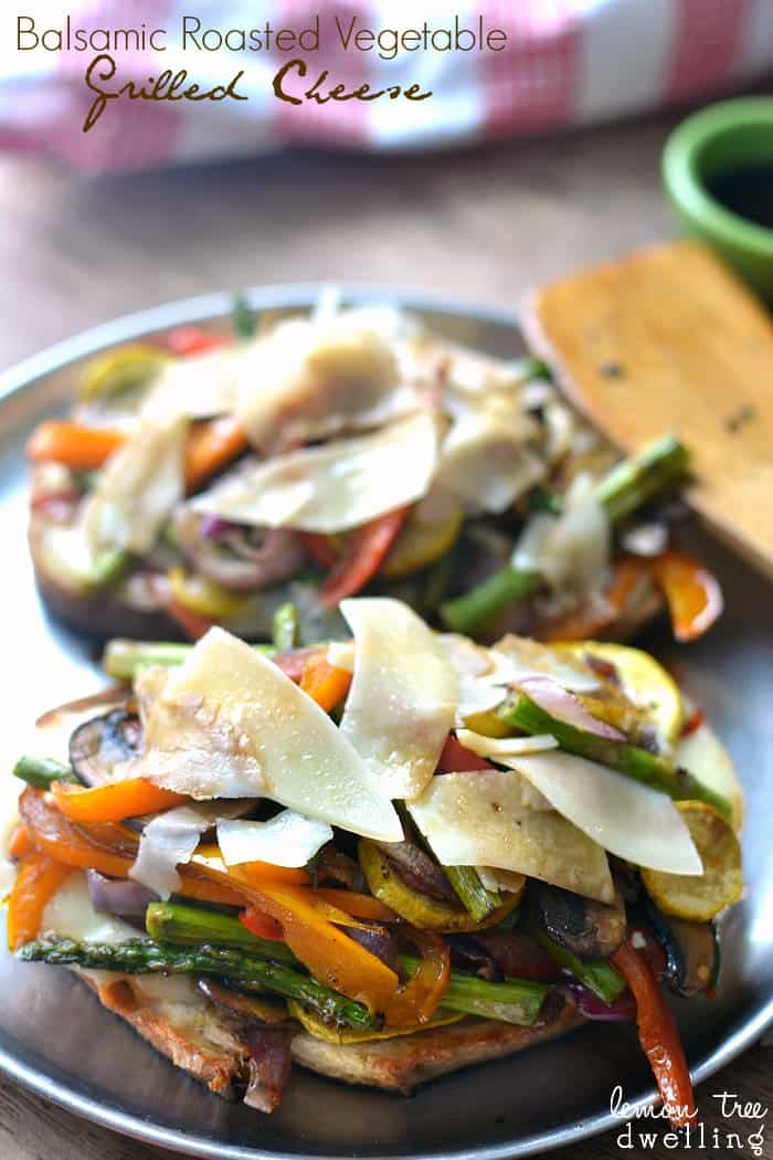 Balsamic Roasted Vegetable Grilled Cheese - this looks delicious!