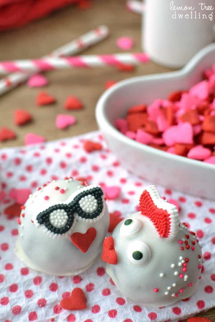 Love Bug Oreo Truffles. How CUTE are these!?