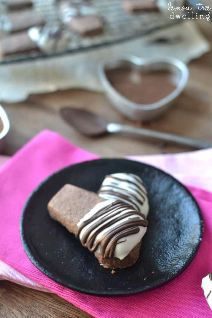 Chocolate Shortbread Cookie Dunkers