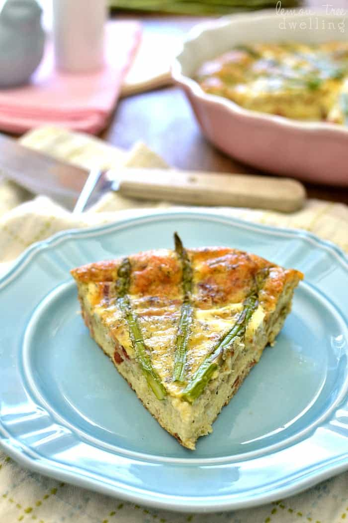 Bacon, Swiss & Asparagus Egg Bake - a crust-less recipe that's packed with flavor!