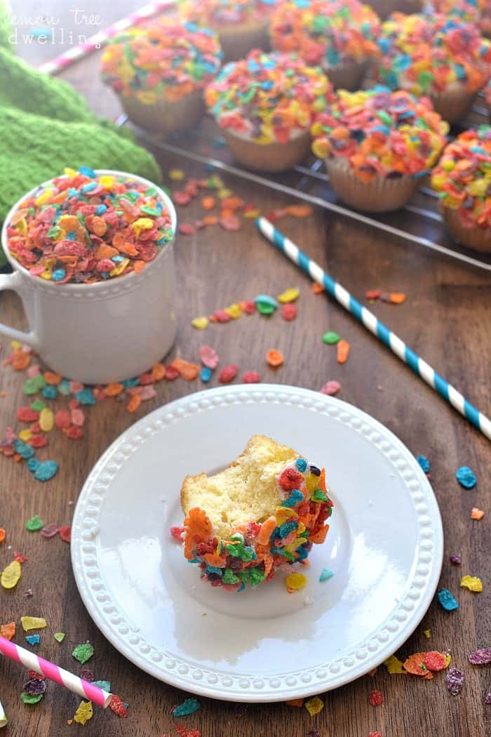 Fruity Pebbles Muffins 8
