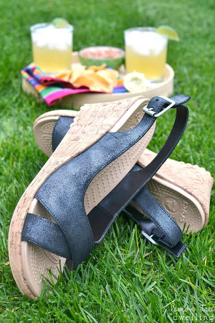I love Crocs new spring/summer line! #findyourfun #ad #sk