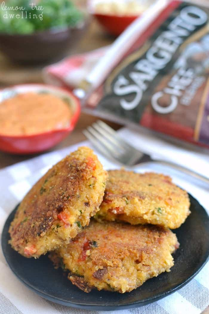 """Easy Chicken """"Crab"""" Cakes! These delicious cakes are loaded with veggies, cheese, and bacon and sure to be a hit with the whole family! @sargentocheese #choppedathome #realcheesepeople #contest #ad"""