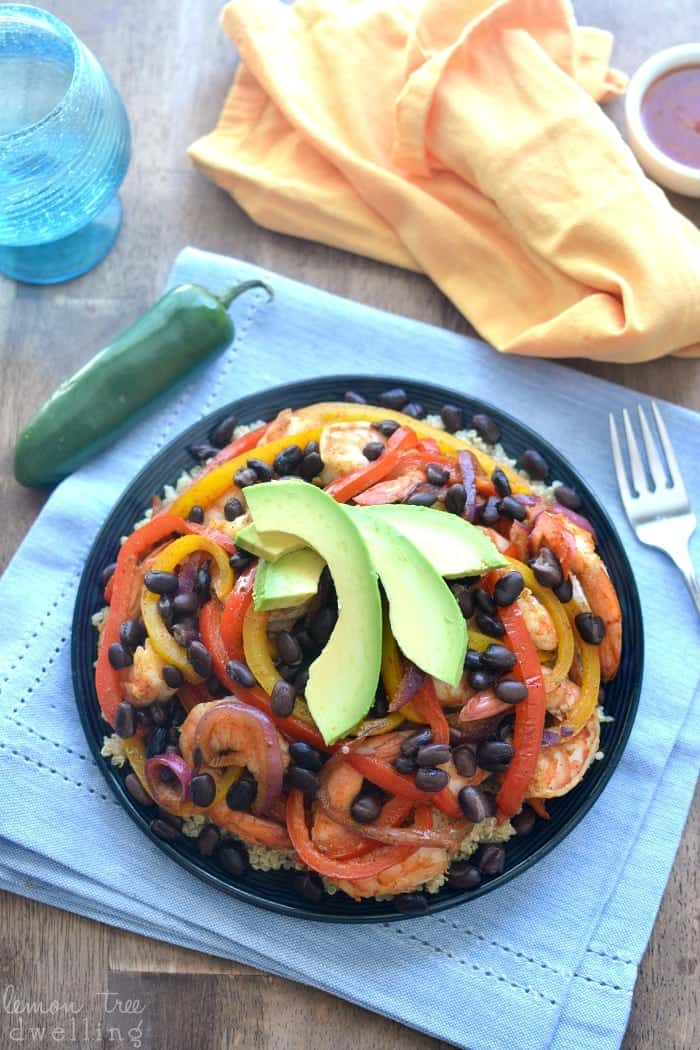 Shrimp Fajita Quinoa Bowls - a healthy, easy, and delicious way to enjoy fajitas!