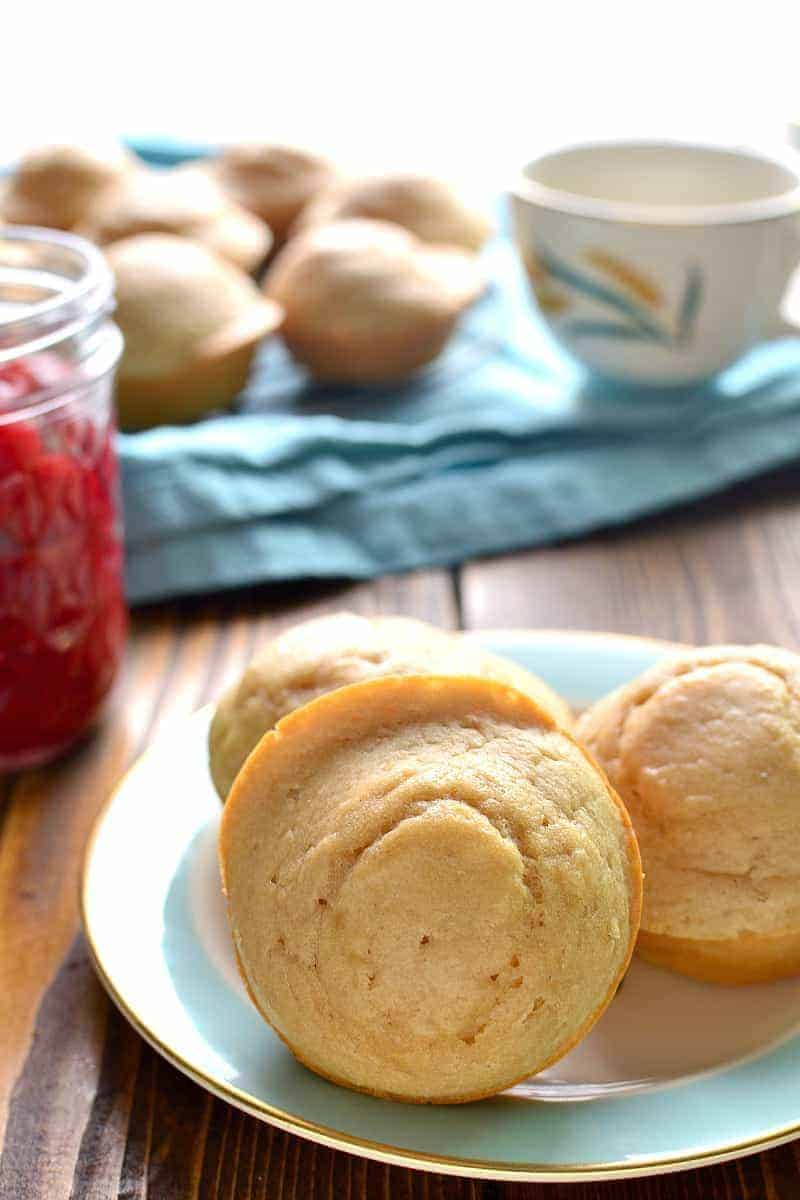 These Very Vanilla Muffins are loaded with delicious vanilla flavor and lightened up with Truvia®. Perfect for breakfast or snack....and they couldn't be easier to make!
