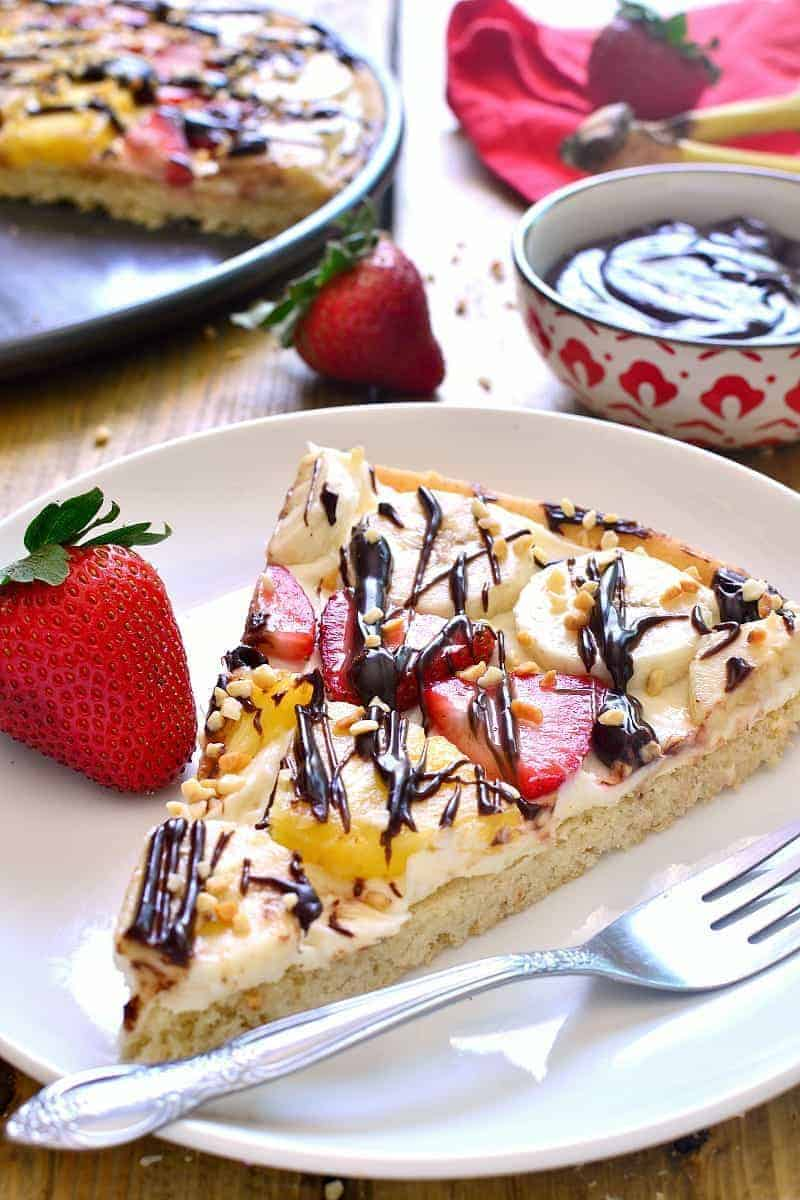 This Banana Split Fruit Pizza combines two favorites in one delicious dessert that's easy to prepare and sure to be a hit!