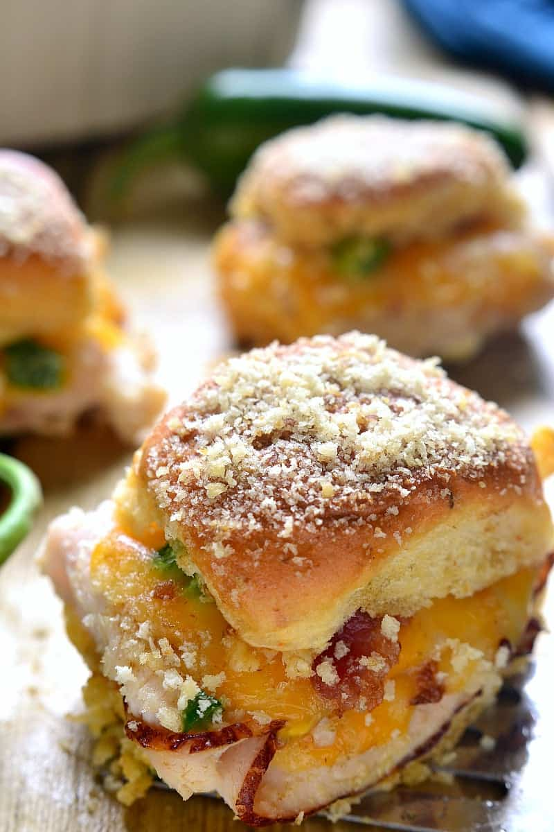jalapeno-popper-baked-turkey-sandwiches-6