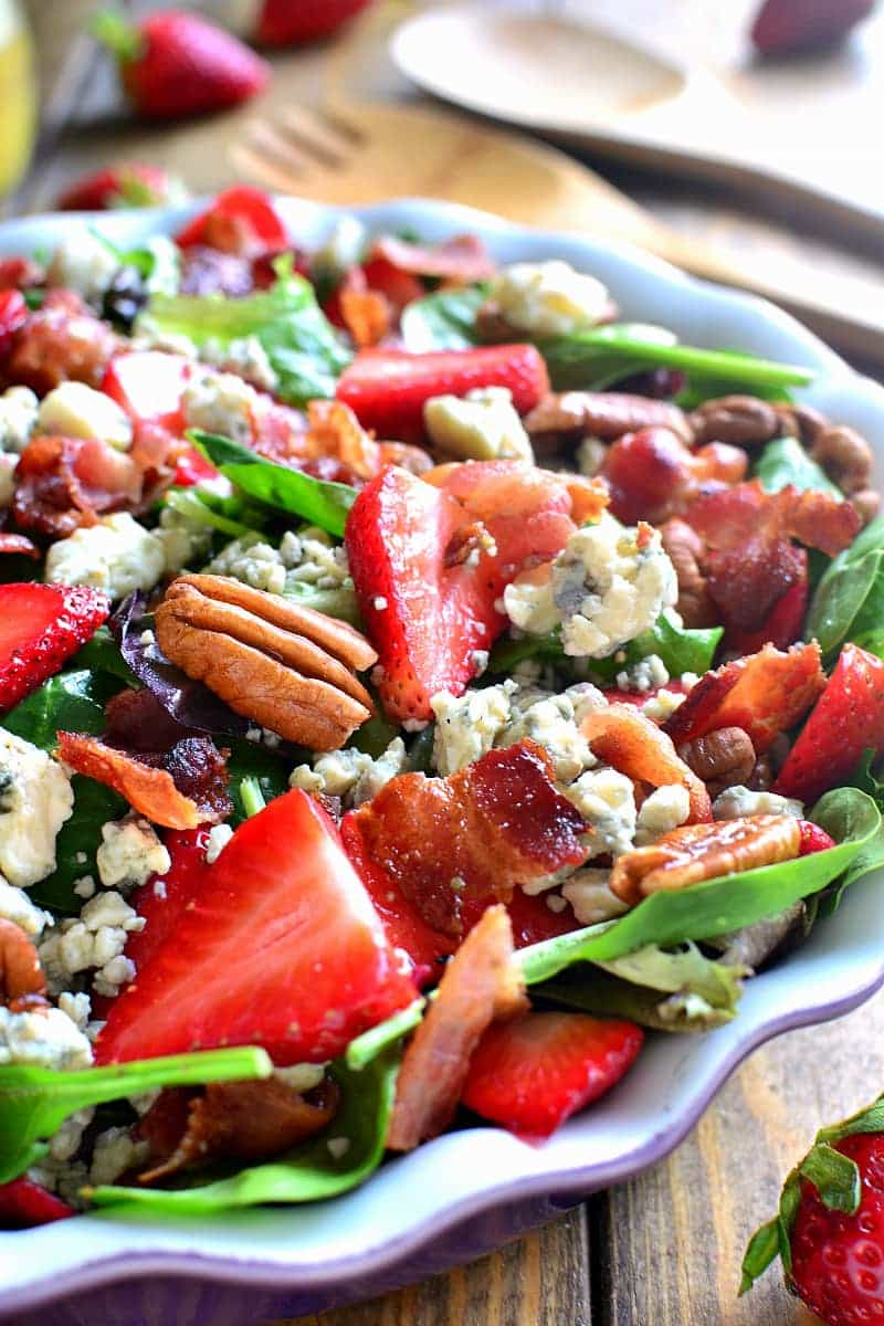 https://www.lemontreedwelling.com/2016/04/strawberry-bacon-blue-cheese-salad.html