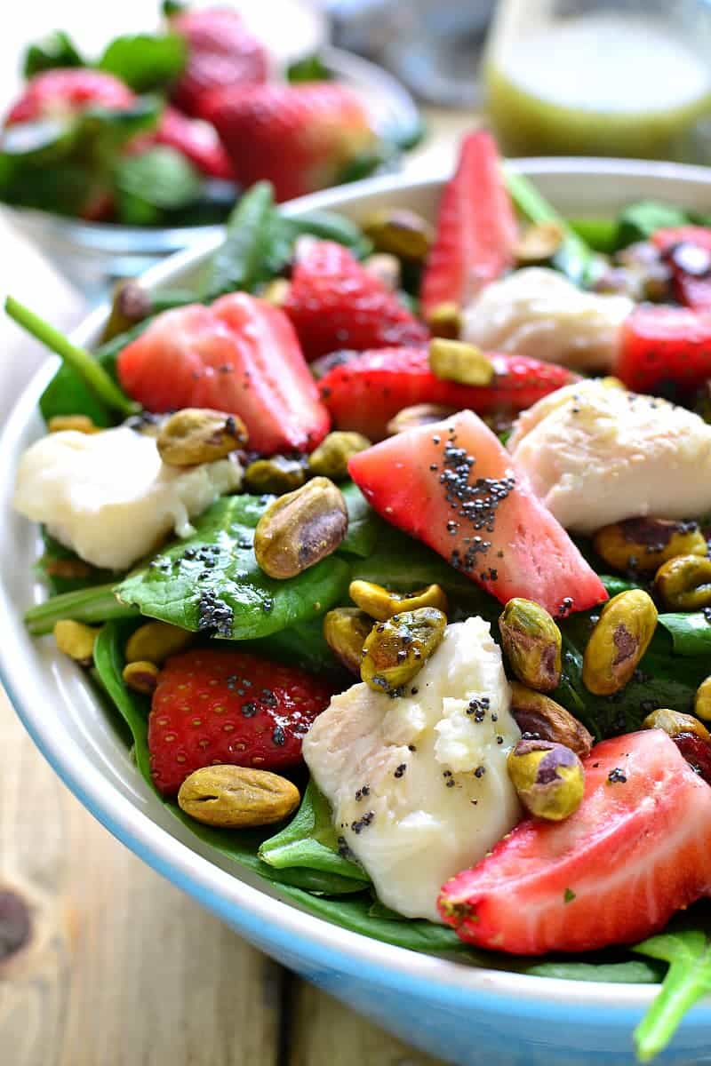 https://www.lemontreedwelling.com/2016/03/strawberry-spinach-salad-with-goat-cheese-pistachios.html