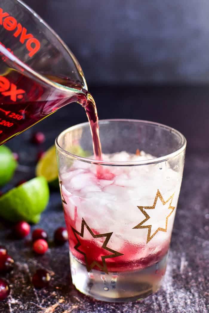How to make a Vodka Cranberry