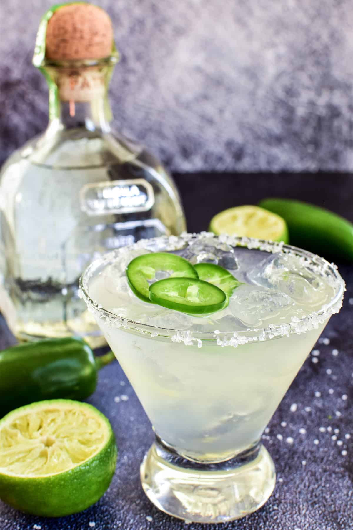 Closeup of Jalapeño Margarita with fresh sliced jalapeños