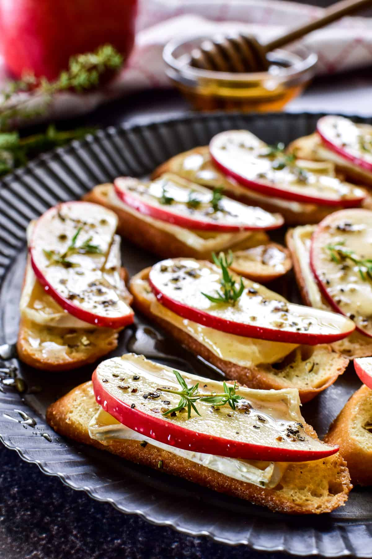 Apple Brie Crostini on a serving plate