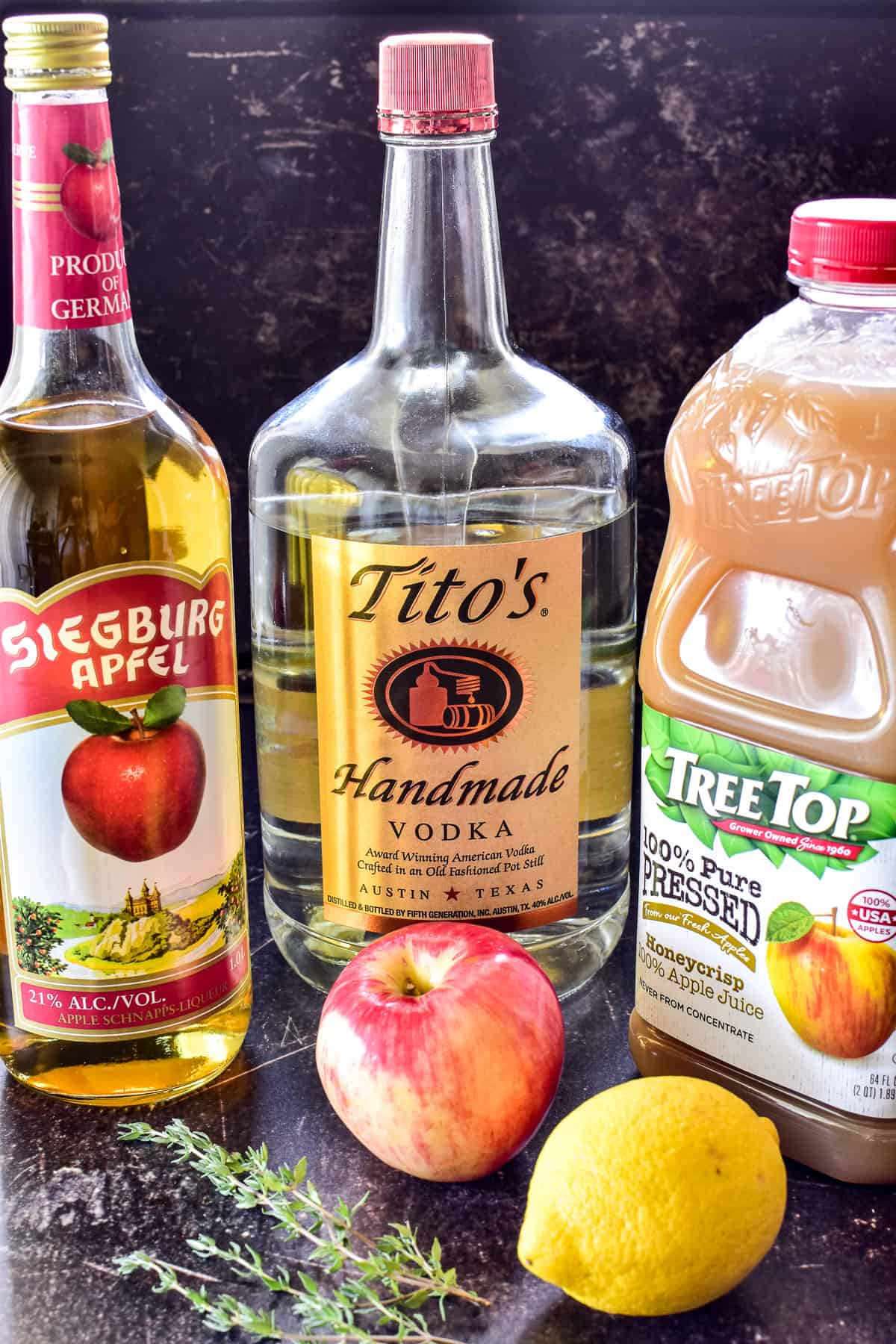 Ingredients for an appletini