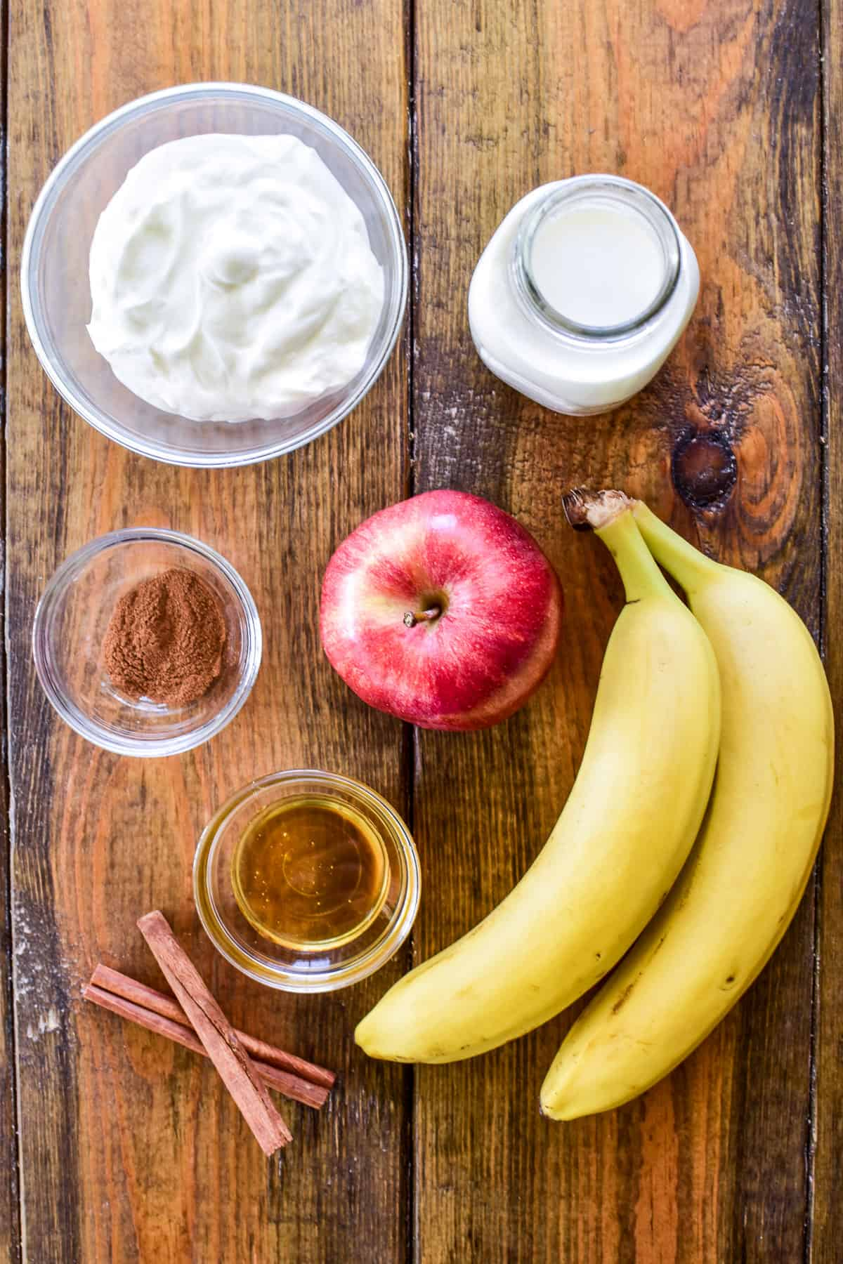 Apple Smoothie ingredients on a wooden board